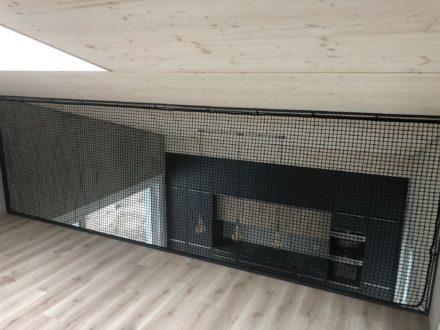 Filet mezzanine vertical en noir