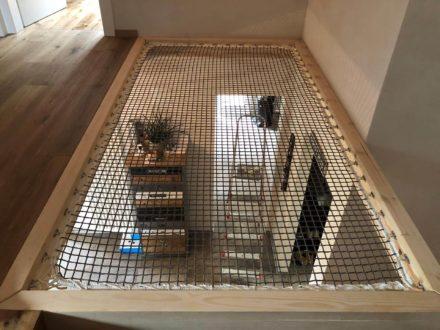 Filet de protection mezzanine escalier