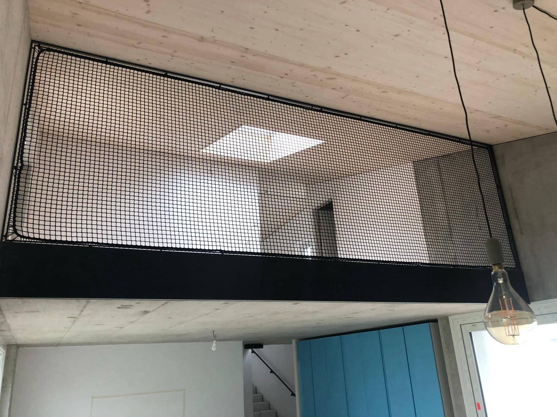 Filet de sécurité vertical mezzanine